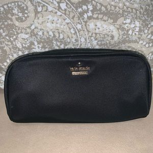 Kate Spade ♠️ Small Berrie Cosmetic Case